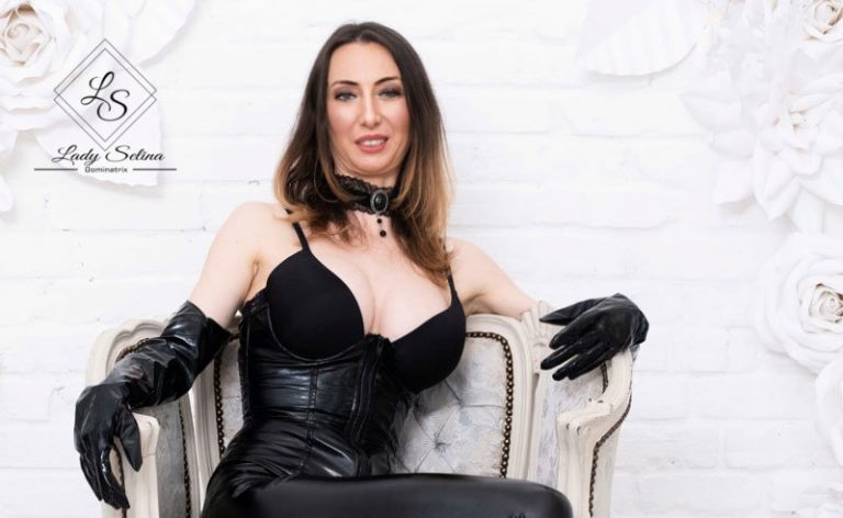 Domina Lady Selina