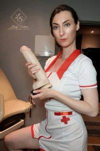 Klinikerin_Lady Selina_ Fistdildo