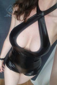 Lady_Selina_Wetlookbody
